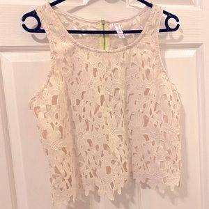 Xhilaration Daisy Lace Crochet Crop Top Cream